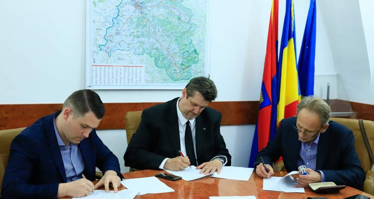 Proiectele tehnice pentru bazinele din Salonta și Beiuș sunt în faza de pregătire
